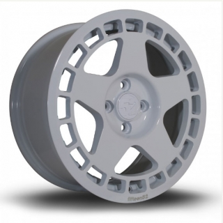 FIFTEEN52 TURBOMAC 8x17 4x100 ET30 RALLY WHITE